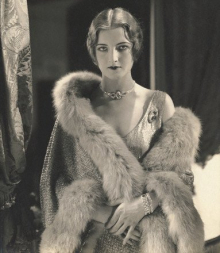 1920s Flapper Fashion