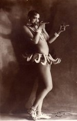 Josephine Baker - Banana Outfit