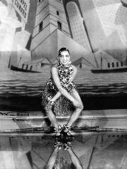 josephine baker doing her signature 1920s dance, the charleston