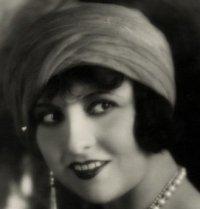 1920s makeup lucy doraine