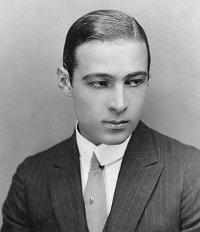 Rudolph Valentino Men's Fashion Icon Died in 1926